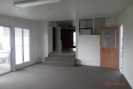 3 bedroom 1.75bath. Waiakea